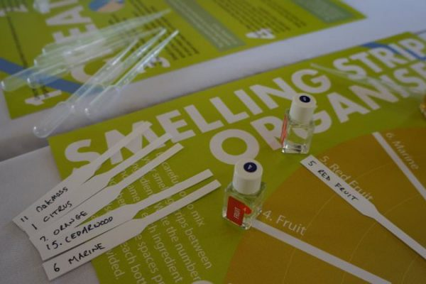 The guidelines and smelling strips for the team building game Essence of Excellence by Orangeworks.