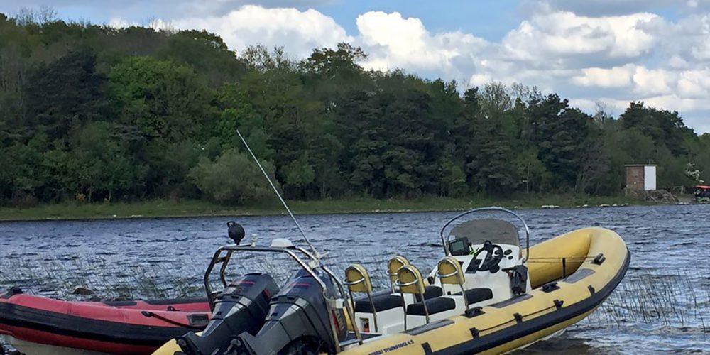 Bespoke private boat ride along lake