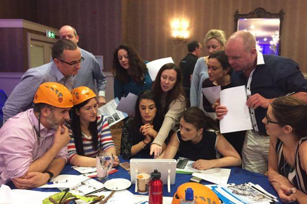 Delegates working together during Peak Performance