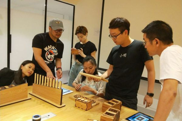 Escape the Maze iPad team building game